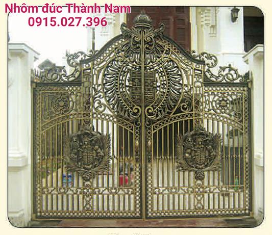 Cổng nhôm đúc Thành Nam cao cấp C-05